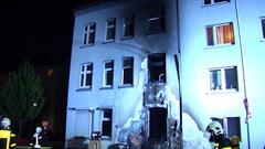 SpermuellGE20170506_NRW_LOKAL_Brand_Spermuell_vor_Haus_Gelsenkirchen.00_02_27_15.Standbild014_05-07-2017
